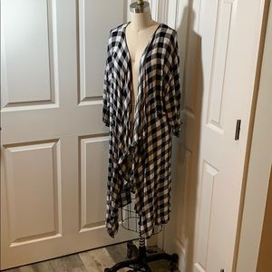Lularoe Shirley Size Buffalo Check Plaid Kimono